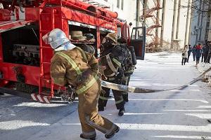 Балаклія у вогні — евакуюють людей